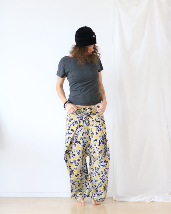 leaves pants 4
